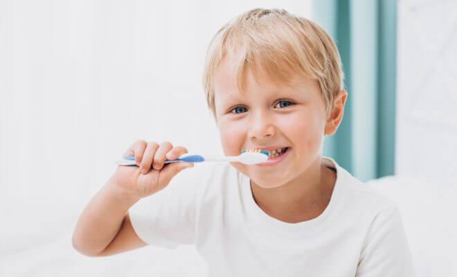 การดูแลเด็กการป้องกันและการรักษา: คำแนะนำด้านทันตกรรมที่เป็นประโยชน์